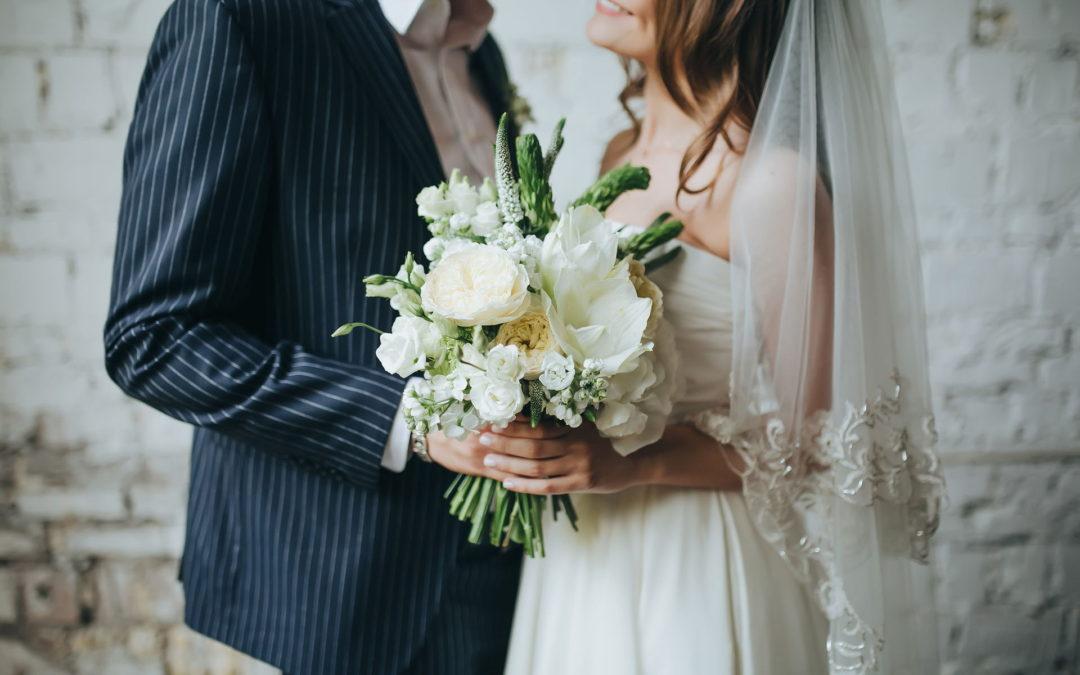 Takie kwiatki, czyli trendy bukietów ślubnych