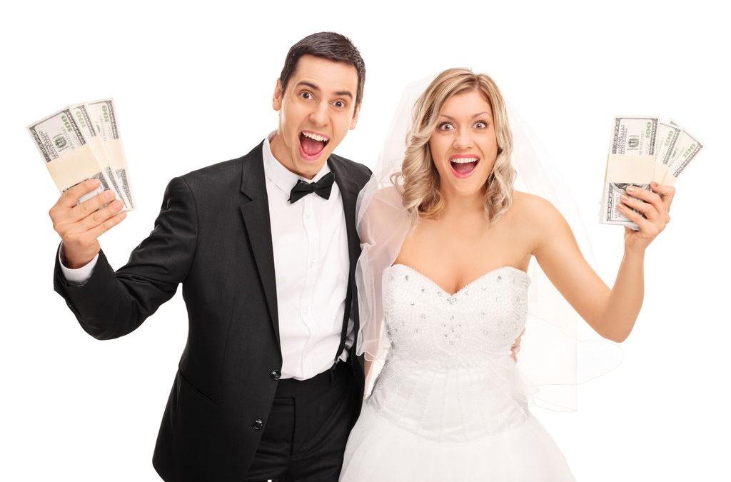 Jak nie wpaść w karuzelę atrakcji weselnych i zaoszczędzić na to, co istotne